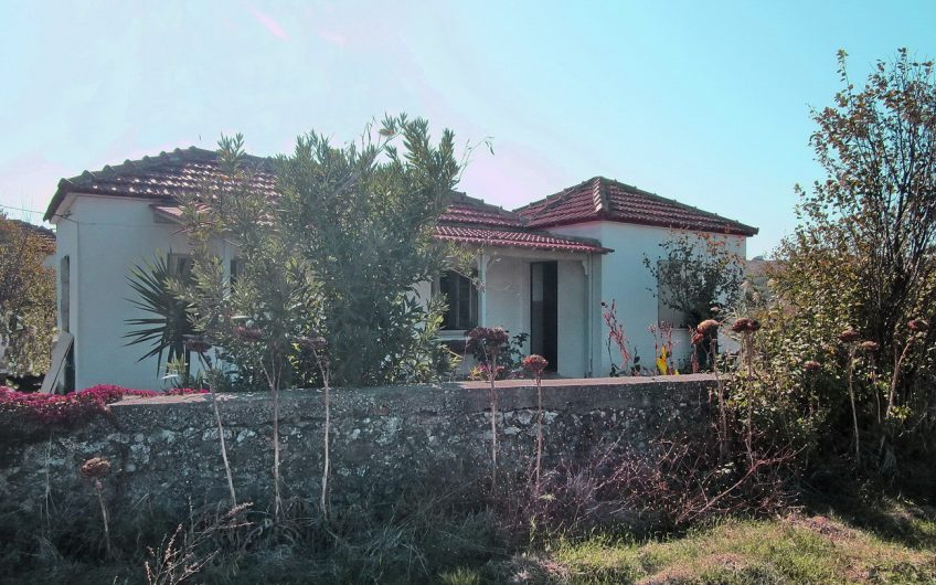 Bungalow for sale in Nyfida