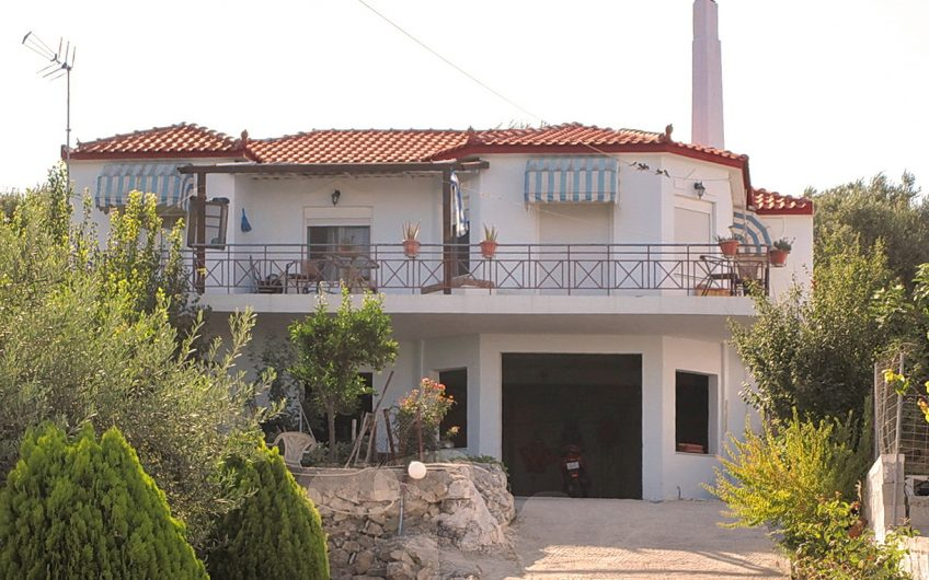 Seafront house for sale Lesvos