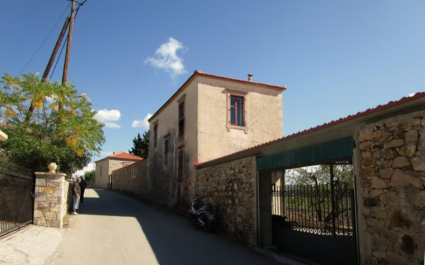 Large house for sale in Polichnitos
