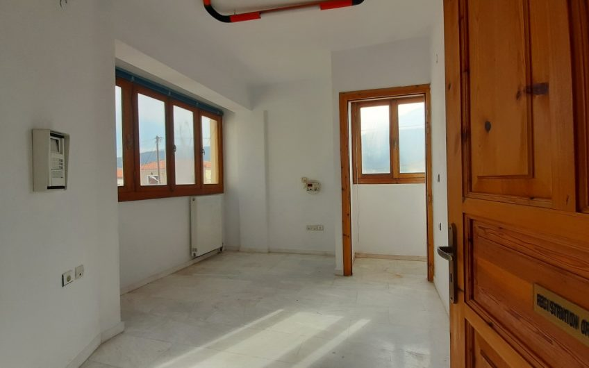 Just Back from Petra Beach – Four Room Detached Property